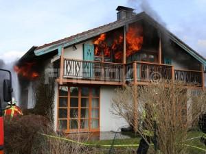 Ausgedehnter Brand in Aufhausen