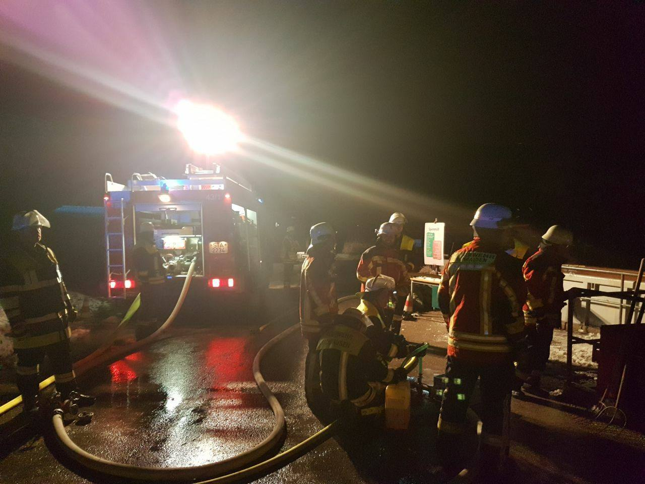 Containerbrand Wertstoffhof Farchach